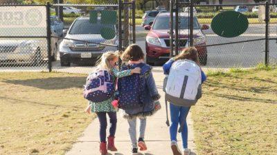 """Texas will """"Kritische Rassentheorie"""" aus Klassenzimmern verbannen"""