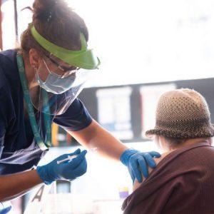 Schwedens Arzneimittelbehörde meldet 31.844 Fälle von Impf-Nebenwirkungen in diesem Jahr
