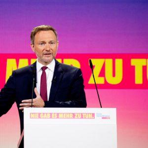 FDP: Kein Verbot von Kurzstreckenflügen – aber Beschneidung der Öffentlich-Rechtlichen