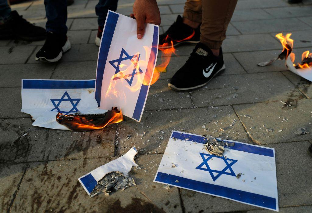 Bundespolitiker üben scharfe Kritik an antisemitischen Übergriffen in deutschen Städten