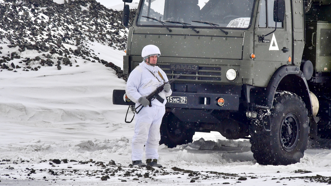 Kampf um die Arktis: Russland will Öl, Gas und seine Militärpräsenz stärken – die USA schauen zu