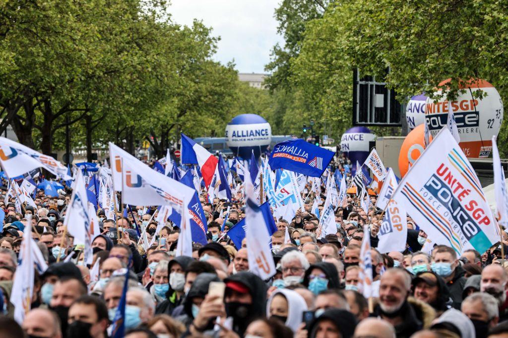 "Pariser Verfassungsrat kassiert ""Filmverbot"" bei Polizeieinsätzen"
