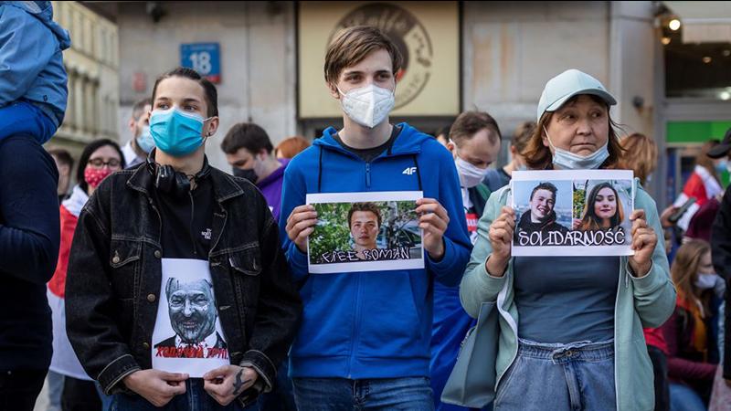Eltern von belarussischem Oppositionellen Protassewitsch bitten Merkel um Hilfe