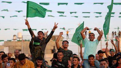 GroKo prüft Verbot der Hamas-Flagge in Deutschland