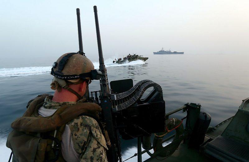 US-Marine beschlagnahmt Tausende Waffen auf Schiff im Arabischen Meer