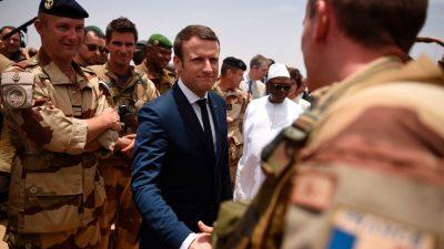 """Brandbriefe sorgen für Aufregung: Droht in Frankreich ein """"Bürgerkrieg"""" mit tausenden Toten?"""