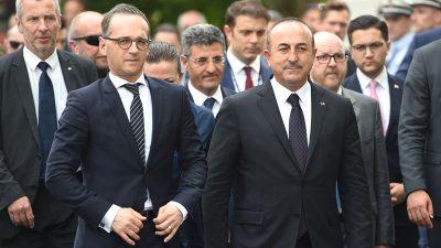 Cavusoglu wirft EU Nichteinhaltung des Migrationsabkommens vor