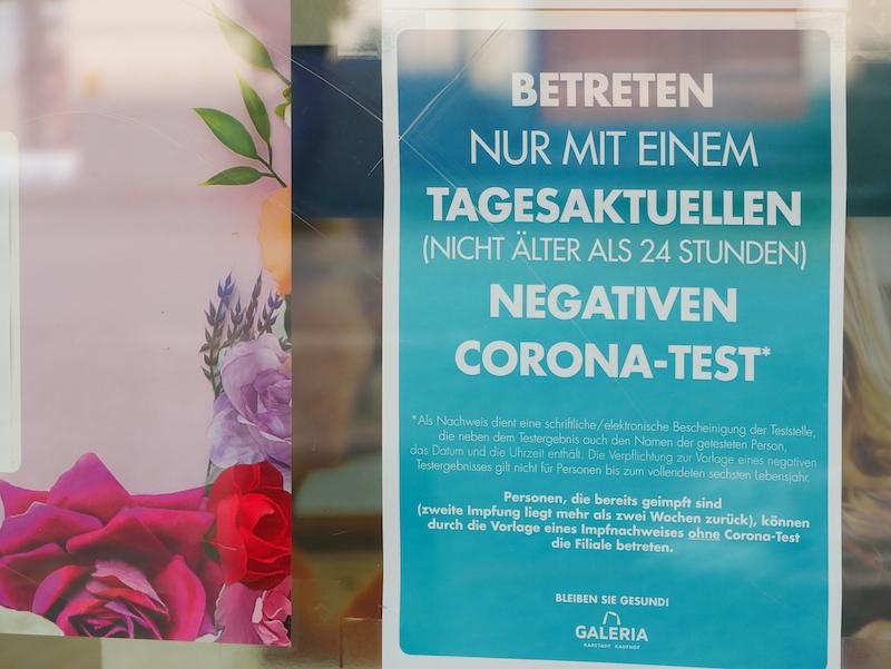Lockerungen für Corona-Geimpfte und Genesene in immer mehr Bundesländern