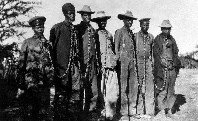 Bundesregierung erkennt Kolonialverbrechen in Namibia als Völkermord an – und zahlt Milliardenbetrag