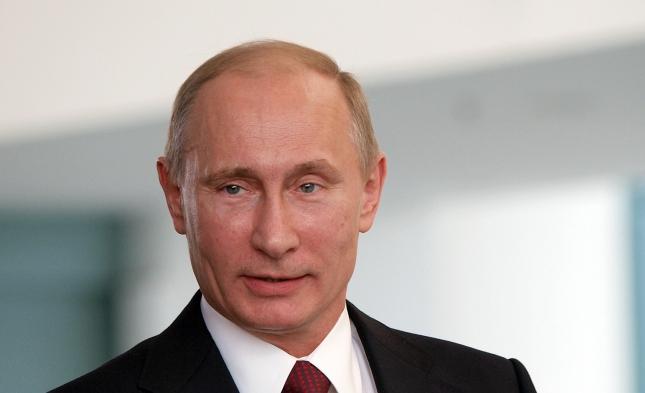 """Putin kritisiert westliche Afghanistan-Politik und warnt vor """"Zusammenbruch"""" des Landes"""