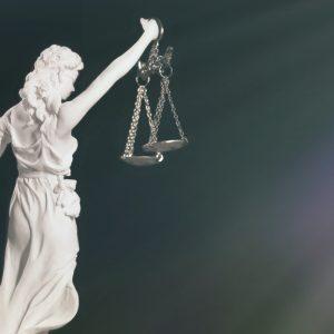 """Richter dankt #allesdichtmachen für """"Lichtblick in einer dunklen Zeit"""" und spricht über seine Motive"""