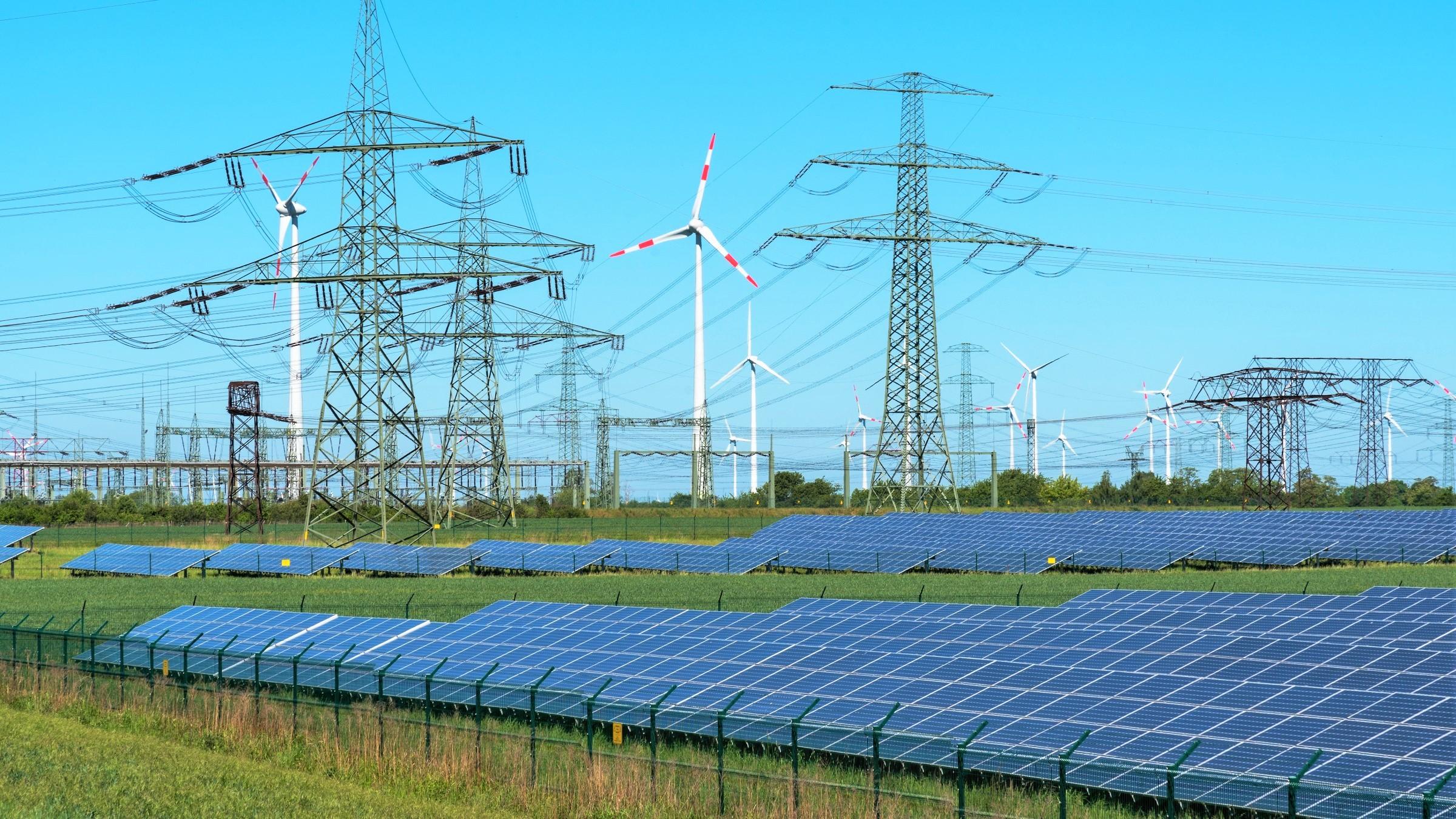 Strompreis für große Industriebetriebe steigt bis 2030 um 50 Prozent