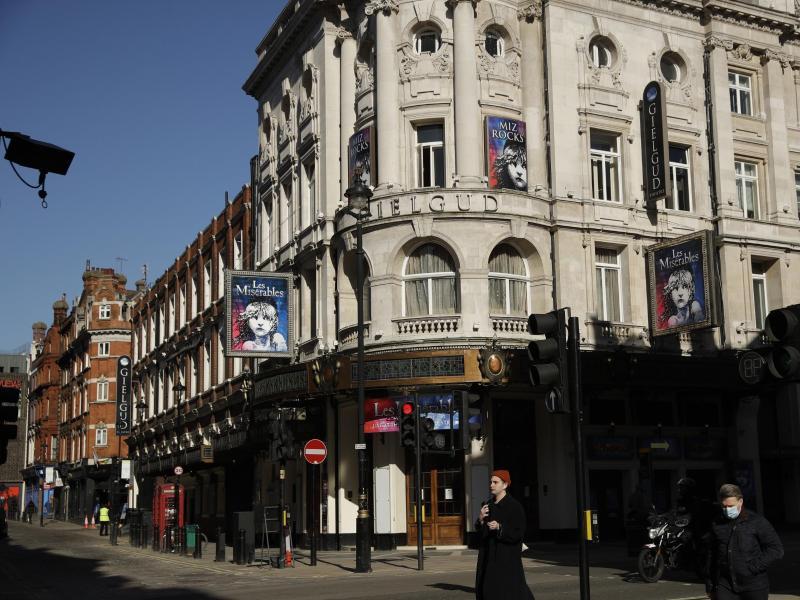 Die britische Theaterszene erwacht zum Leben