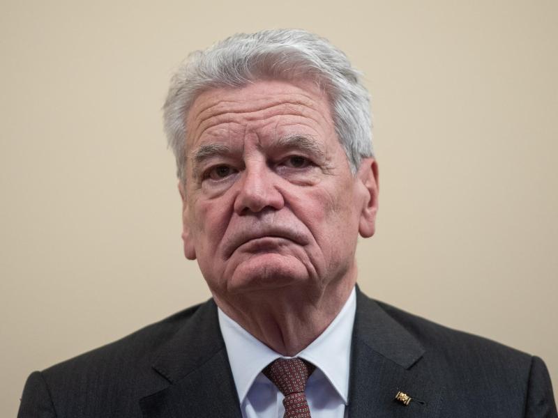Altbundespräsident Gauck fordert Toleranz für Querdenker und Impfgegner
