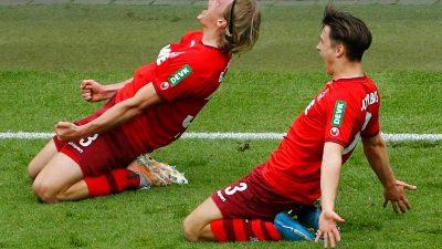 Vor Relegation: Köln selbstsicher, Kiel zermürbt