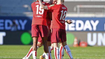 Köln beendet Kiels Traum und bleibt in der Bundesliga