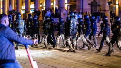 Ausschreitungen gegen Polizei in Augsburg und Hamburg – Angespuckt, Flaschenwürfe und Tritte