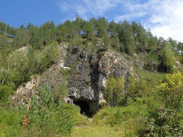 DNA unserer Vorfahren aus der Denisova-Höhle