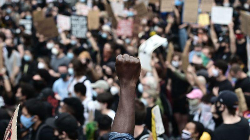 """Andrew Breitbart: """"Diese 'Kritische Theorie' schafft nicht, sie zerstört nur"""""""