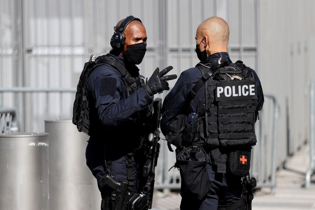 Pariser Gericht bestätigt 30-jährige Haftstrafe für IS-Anhängerin