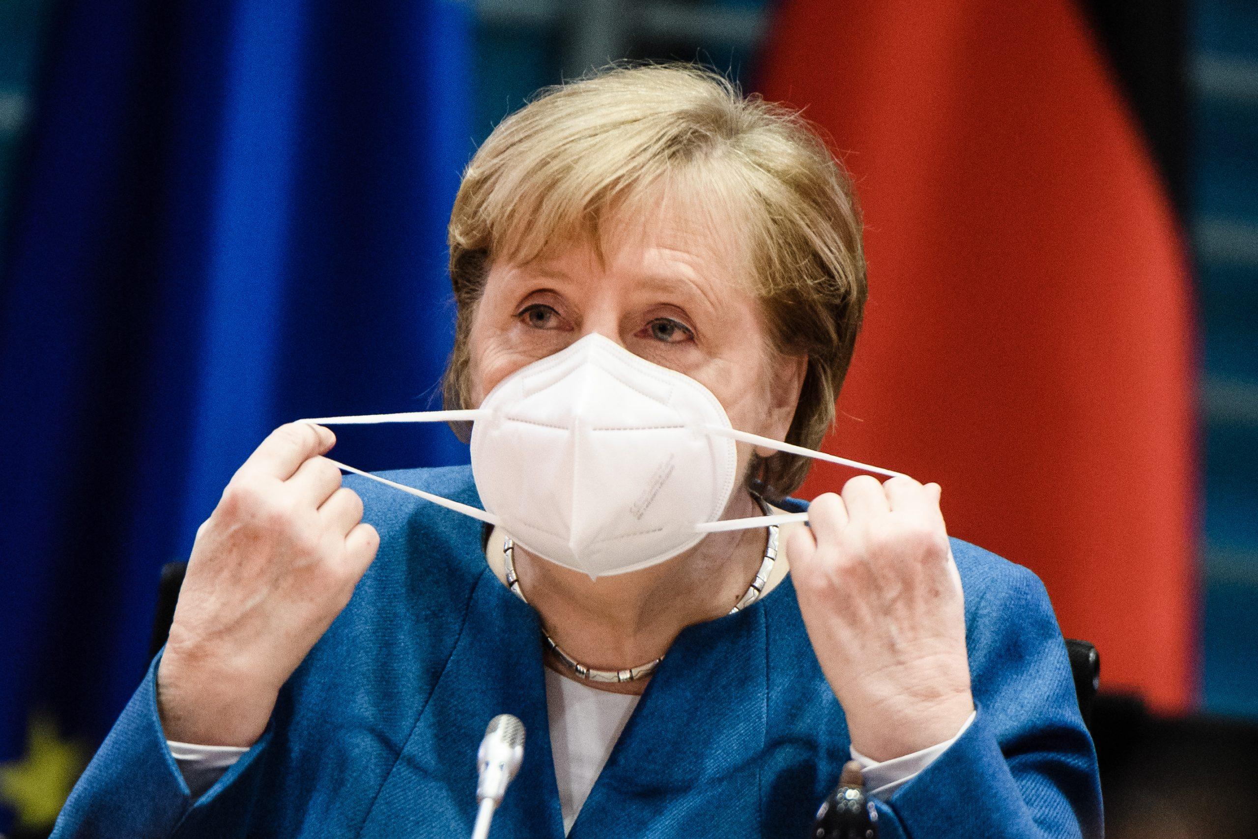 Kinderarzt Eugen Janzen lädt Kanzlerin zum Masken-Check ein