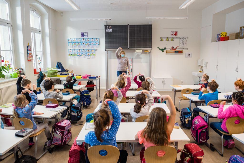 Kultusministerkonferenz für Rückkehr zum uneingeschränkten Regelbetrieb an Schulen