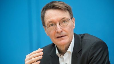 Wo sind die Impfwilligen? Lauterbach erntet Spott nach Leverkusens Bundesligaspiel
