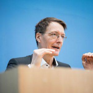 Lauterbach fordert Rechtsgrundlage zur Regel-Verschärfung für Ungeimpfte