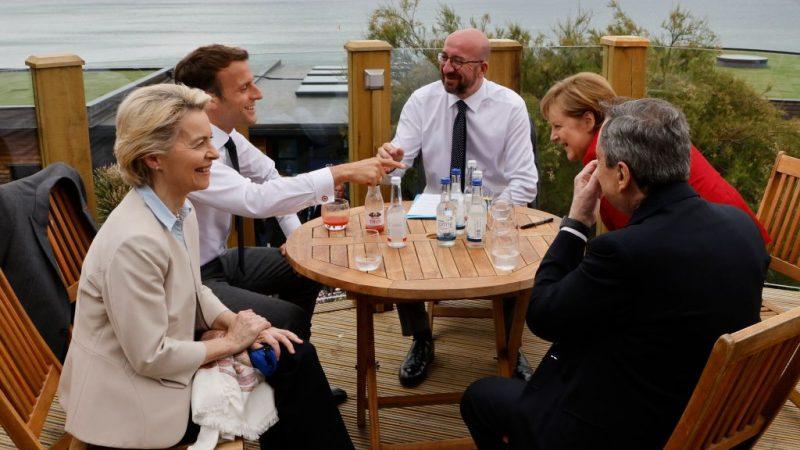 Maskenpflicht und Abstand halten bei G7?