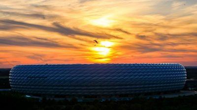 Greenpeace-Flug ins Münchner EM-Stadion: Experte widerspricht Notlande-These