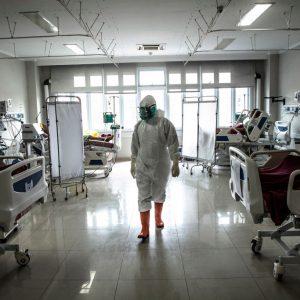 Indonesien: Hunderte Ärzte und Krankenschwestern trotz Sinovac-Impfung infiziert, Dutzende im Krankenhaus