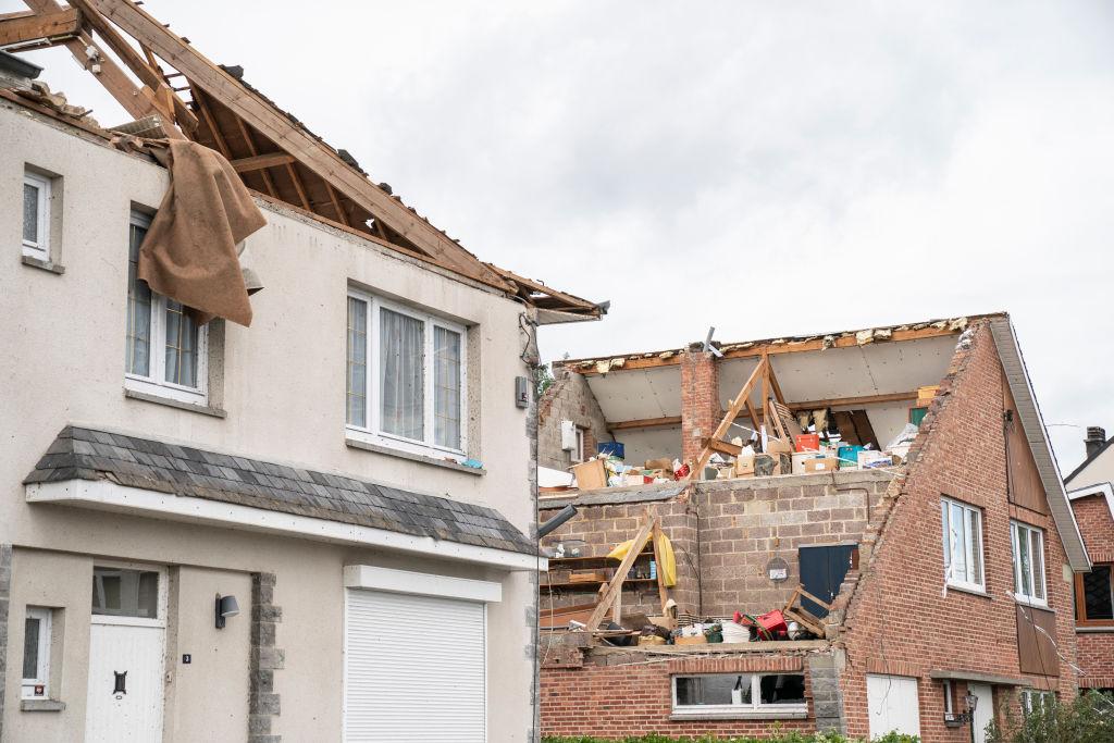 Unwetterwarnung: Schwere Gewitter in Süddeutschland – Tornados in den Niederlanden und Belgien
