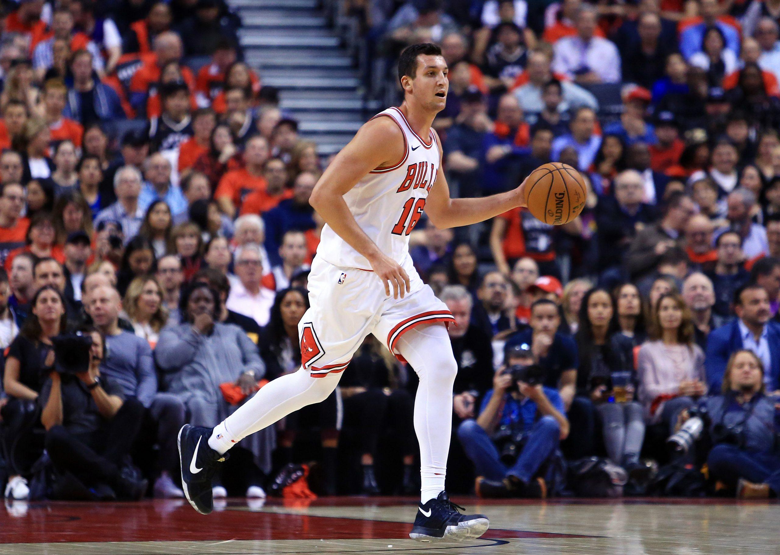 Wegen Gehirnblutung: Notoperation bei Basketball-Nationalspieler Zipser