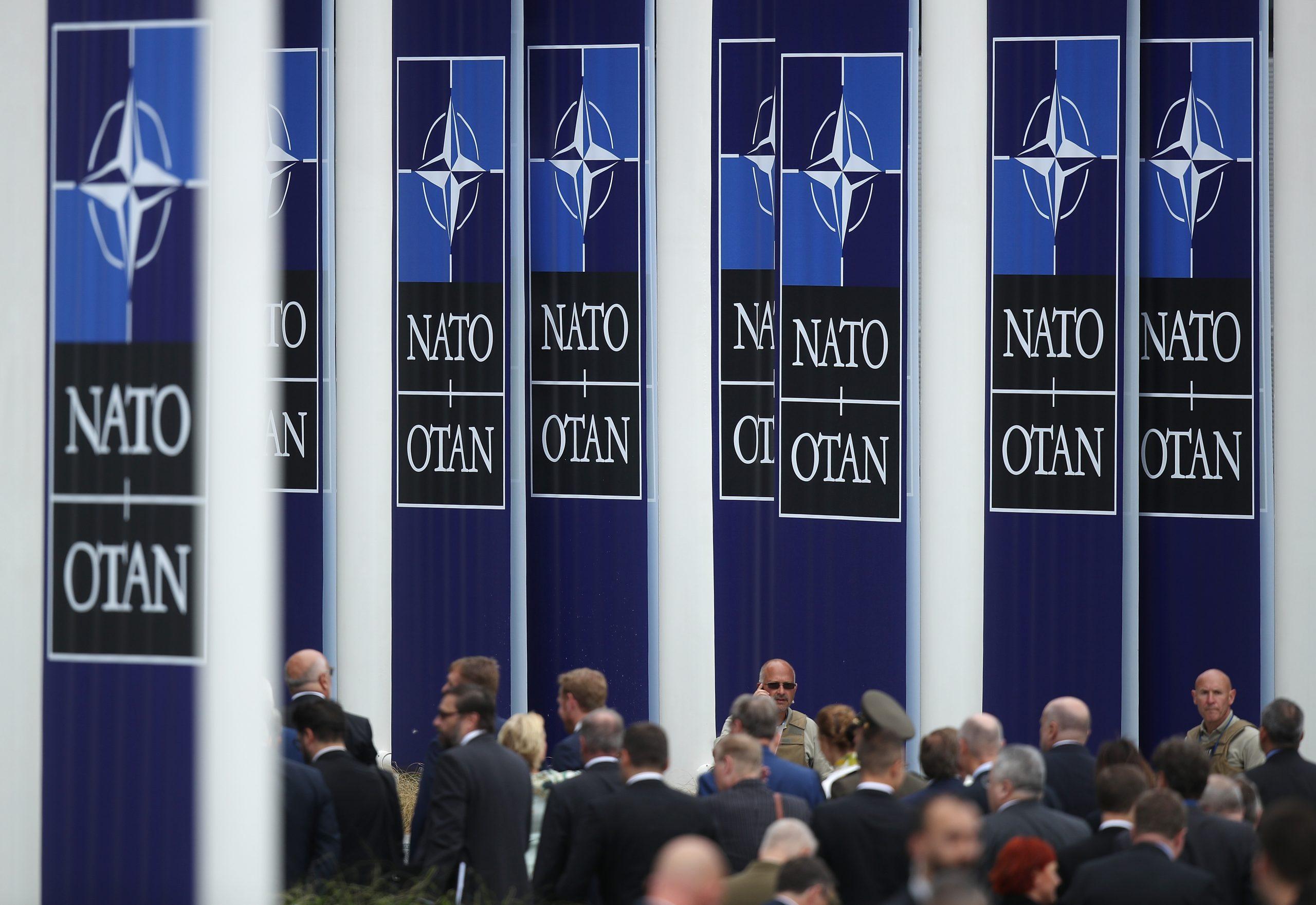 """Nato-Gipfel: Biden und Merkel warnen vor """"neuen Herausforderungen"""" durch Russland und China"""