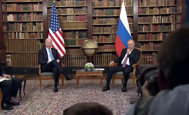 US-Präsident wirft Russland Einmischung in Kongresswahlen 2022 vor