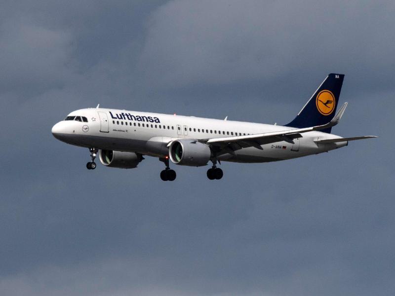 Lufthansa-Maschine landet in Frankfurt mit 131 Menschen an Bord