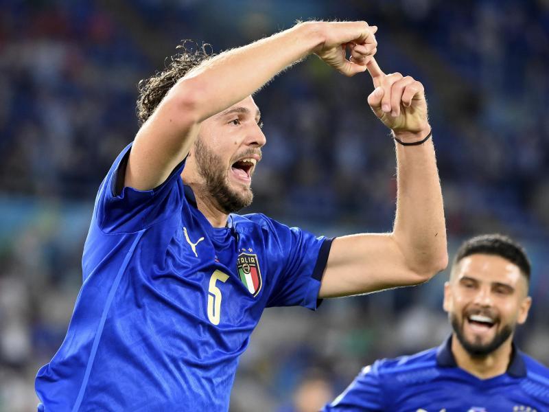 Italien löst das Achtelfinal-Ticket