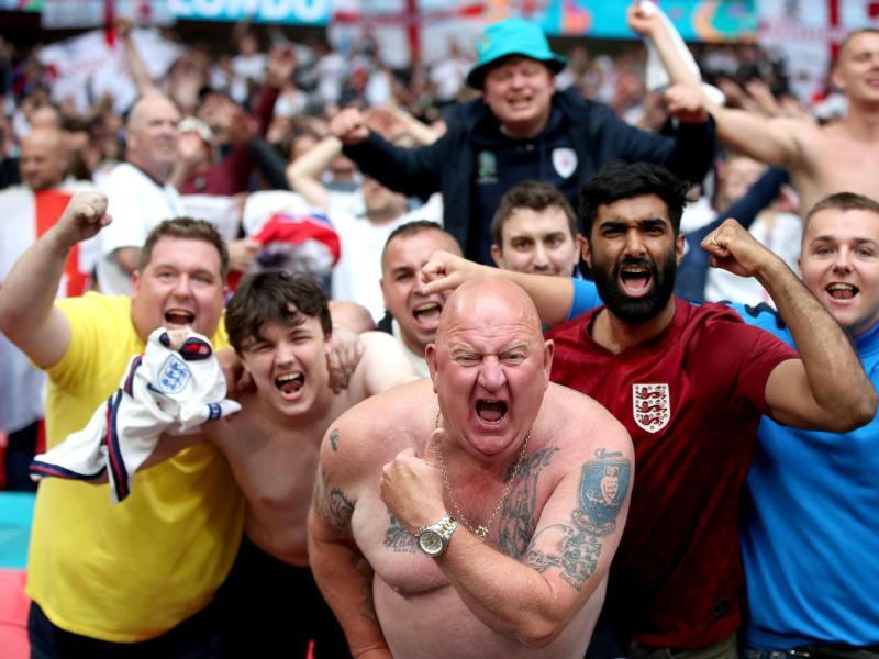 """Lauterbach zu Siegesfeier England gegen Deutschland: """"Die UEFA ist für den Tod von vielen Menschen verantwortlich"""""""