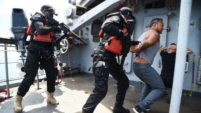 Zahl der Piratenangriffe stark rückläufig – Risiken für Seeleute bestehen weiter