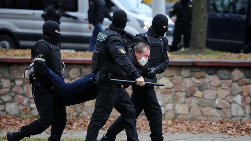 Razzien bei unabhängigen Journalisten in Belarus