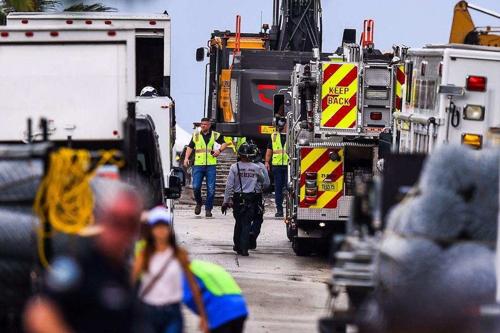 Einsatzkräfte stellen Suche nach Überlebenden in Hochhausruine in Florida ein