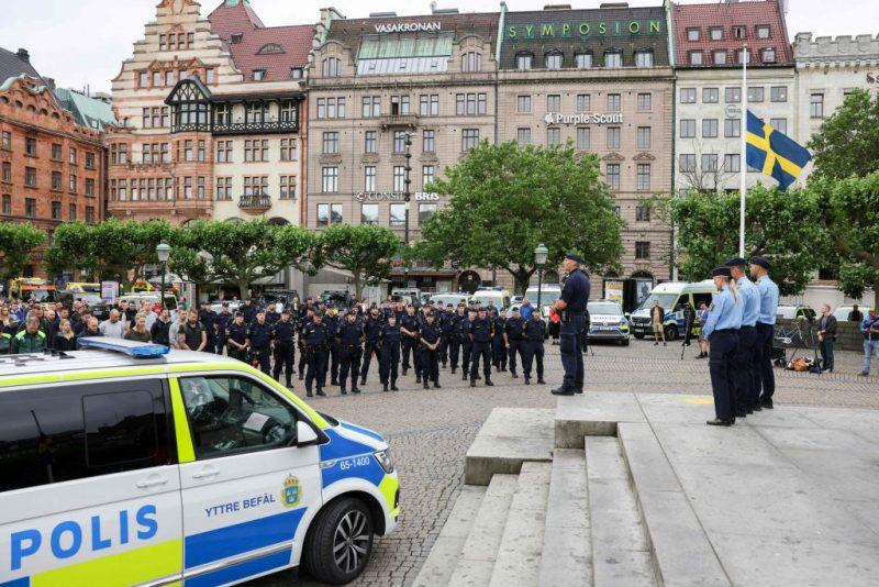 Jugendlicher Verdächtiger nach Tod von Polizist in Schweden festgenommen