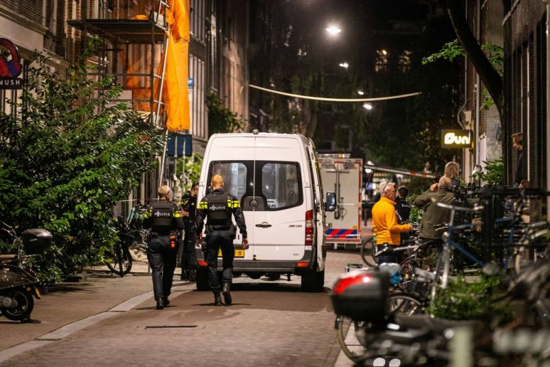Bekannter Kriminaljournalist in Amsterdam angeschossen