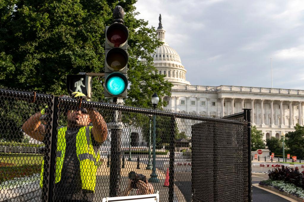 Absperrungen rund um das US-Parlament werden abgebaut