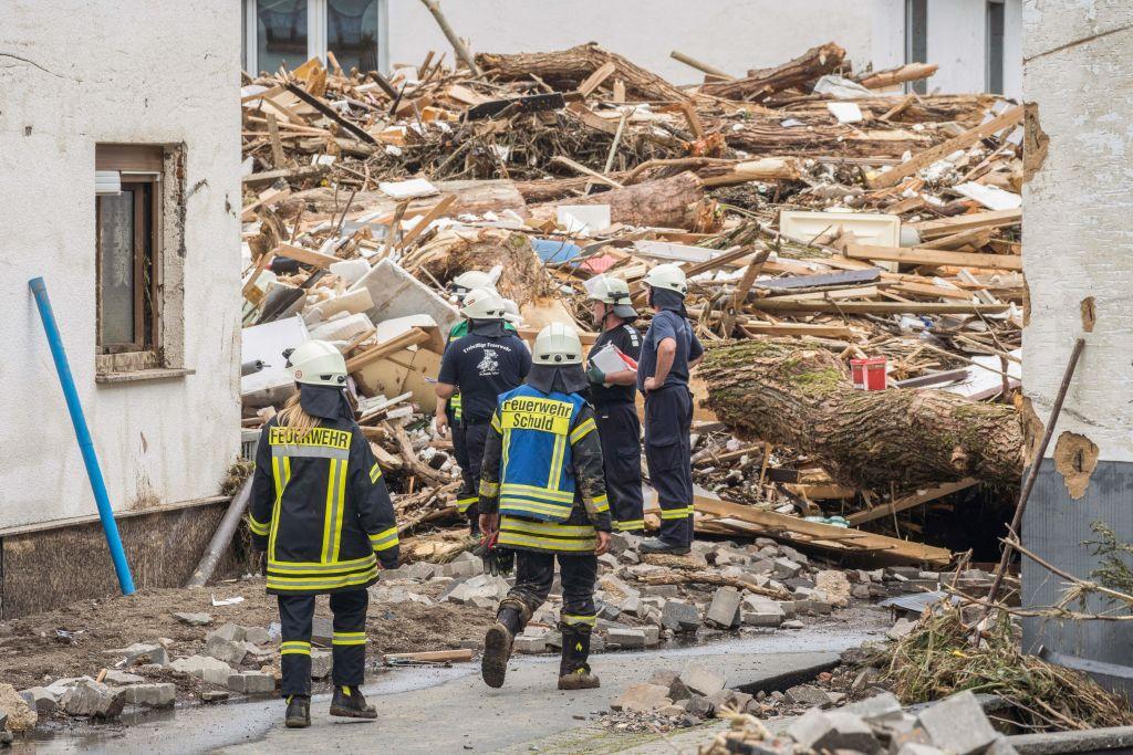Über 80 Unwettertote in Deutschland: Hauseinstürze in Erftstadt – Lage dramatisch