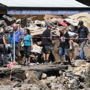 Schmutz-Fake aus dem Katastrophengebiet: Beurlaubte RTL-Moderatorin gibt Statement