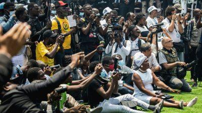 Schüsse und Tränengas bei Staatsbegräbnis von Haitis ermordetem Präsidenten Moïse