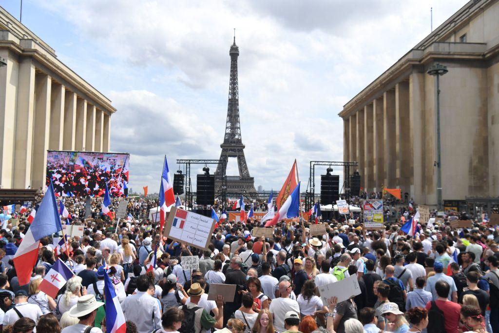 Großdemos in Frankreich gegen Corona-Impfpflicht