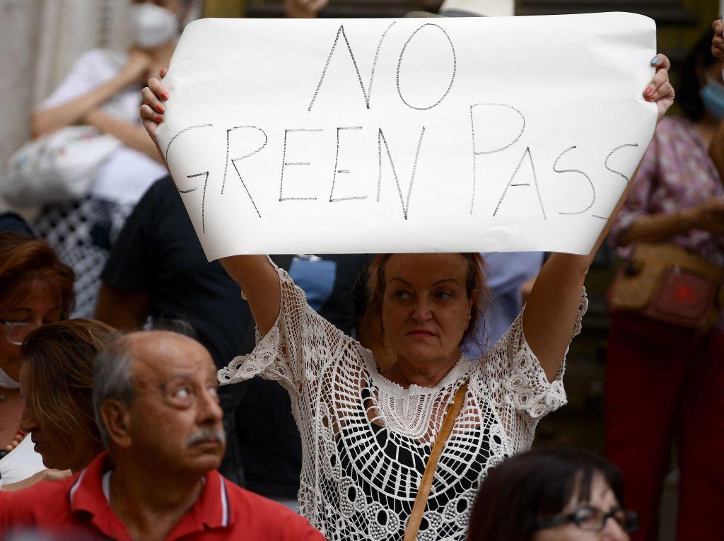 Tausende Italiener demonstrieren gegen Einführung von Gesundheitspass