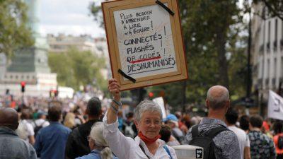 Mehr als 200.000 Franzosen demonstrieren gegen Gesundheitspass und Impfpflicht